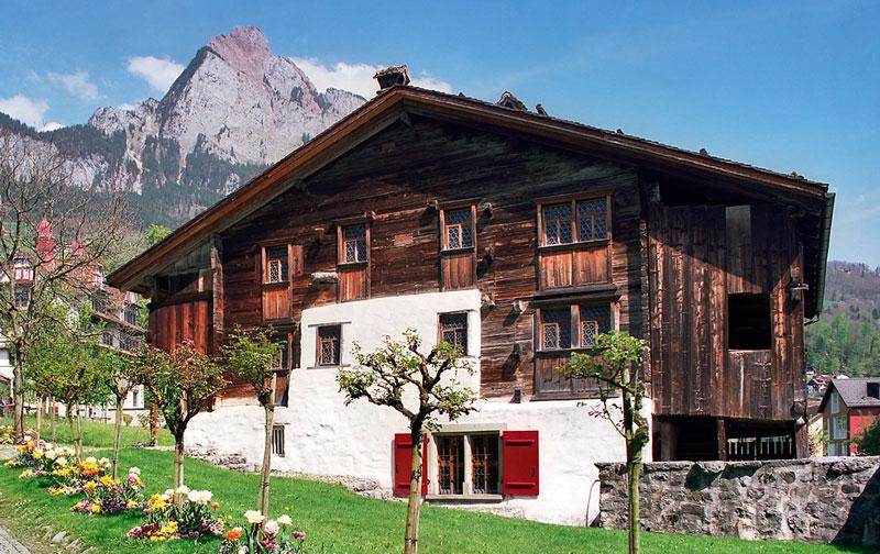 Quanto dura una casa in legno boiserie in ceramica per bagno for Quanto costruire una casa di legno